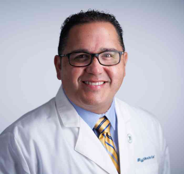 Chris T. Oliveira, Hearing Instrument Specialist